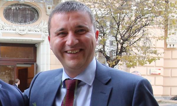 Горанов изчерпа лимита за 2016 г. с нови 2 млрд. евро дълг