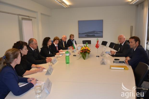 Швейцарските фермери се интересуват от сътрудничество с българските си колеги