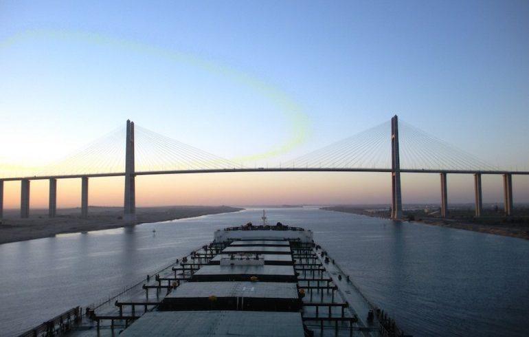 Открито е разширението на Суецкия канал