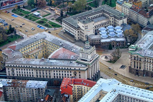Чужди туристи идват в София на опера