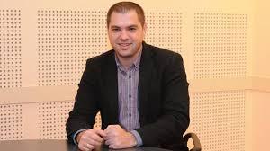 """Как доскорощният директор на Радио """"София"""" е запазил щата си в Генщаба?"""