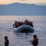 Турски съдия бяга в Гърция на лодка с бежанци