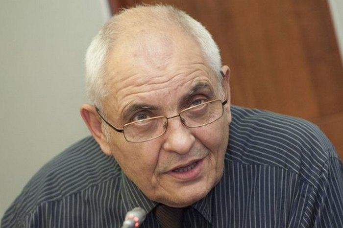 """Димитър Димитров: Опцията """"Не подкрепям никого"""" има квантова природа"""