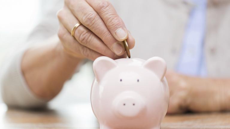 Евростат: Българското семейство – най-ниски спестявания, най-високи задължения