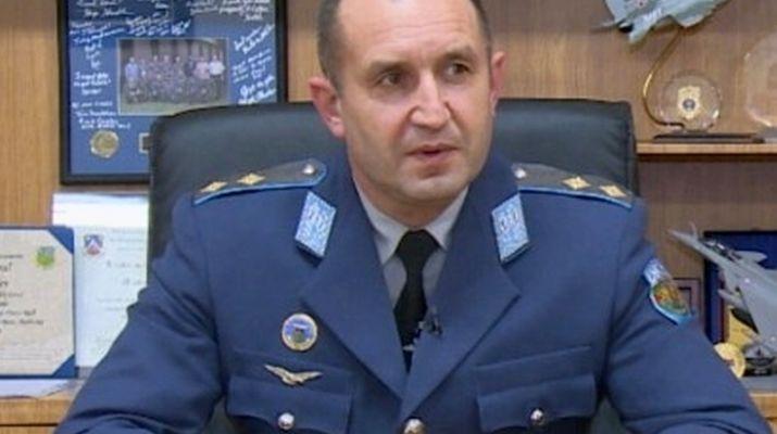 Ген. Радев: Служебният кабинет е отговорност на Плевнелиев