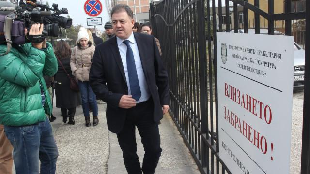 Повдигат обвинения на Ненчев за ремонта на МиГ-овете