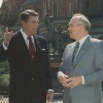 Свърши ли историята с края на Студената война?