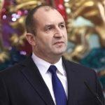 Радев не изключва възможността да създаде партия