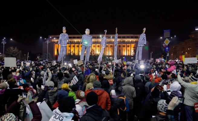 Румънското правителство оттегля скандалното си постановление