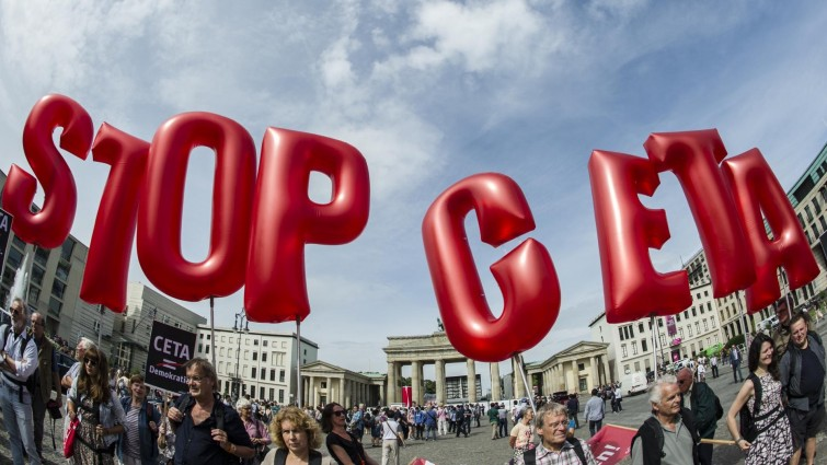 Европейският парламент гласува CETA