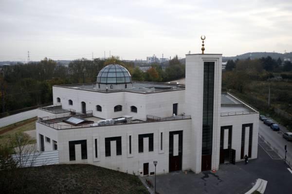 Във Франция закриха джамия заради призиви за насилие