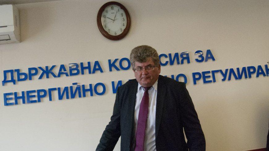Еленко Божков: ЕК трябва да излезе с писмено становище за американските централи