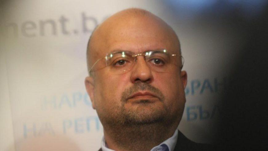 Камен Костадинов от ДПС дава личен пример и напуска НС