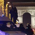 Нападателят, застрелял полицай, е роден във Франция