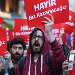 Турция след референдума: Протести и извънредно положение