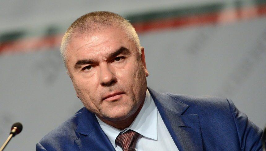 Цацаров поиска имунитета на Марешки и още двама депутати