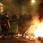 Бунт срещу властта в Парагвай, парламентът в пламъци