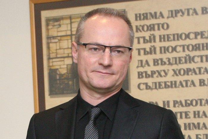 """Лозан Панов: Без дълбока реформа синдромът """"ЦУМ"""" ще се повтаря"""