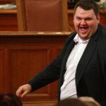 """Съдиите от ВКС пратиха закона на """"Пеевски"""" за банковата несъстоятелност в КС"""