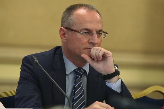 Кръгът около Цацаров започва атака за свалянето на Лозан Панов