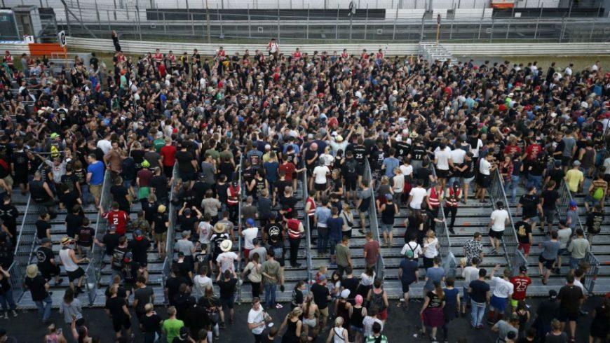 Терористична заплаха евакуира най-големия рок фест в Германия