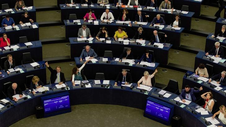 Брюксел прие резолюция за прекратяване на преговорите с Турция
