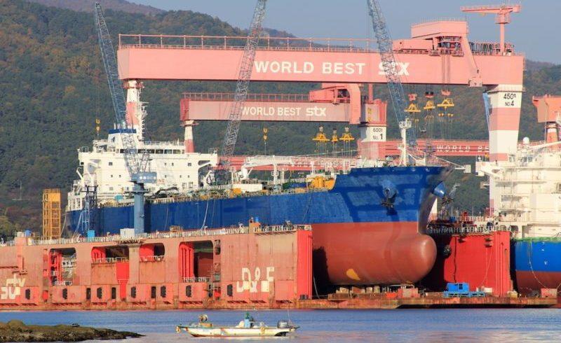 Франция ще национализира корабостроителницата STX