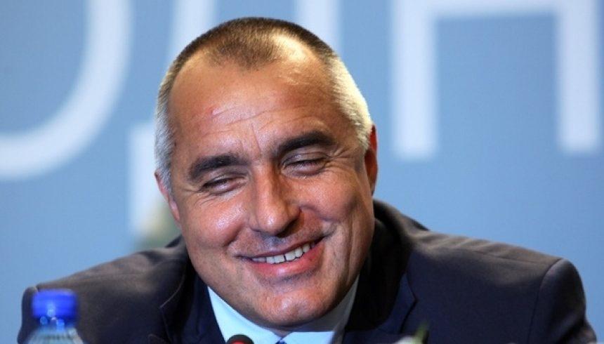"""Борисов натюр: """"Надявам се търговците да не вдигнат цената на черешите след еврото"""""""