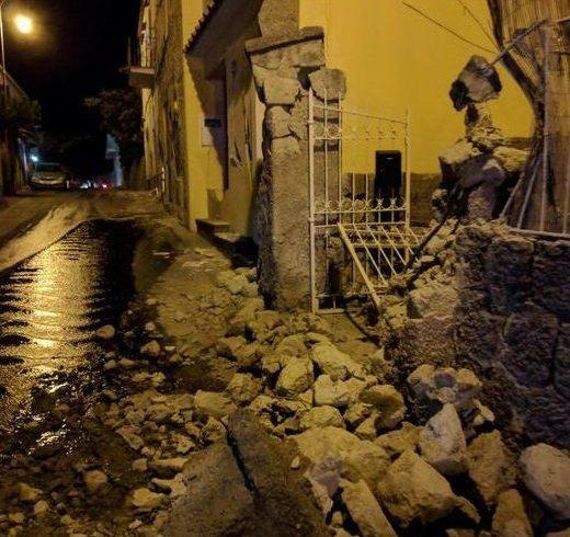 Извадиха живо бебе от руините след труса на остров Иския в Италия