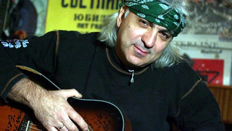 Васко Кръпката: Ще скитам из Америка с китарата на Георги Минчев