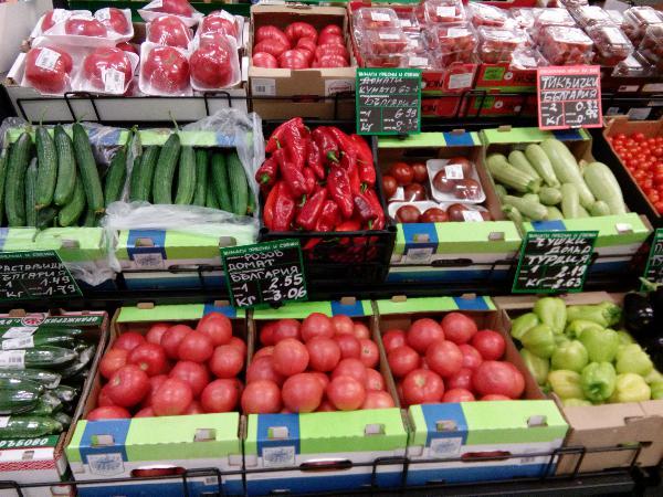 Депутатите не приеха да има квоти за български храни в супермаркетите