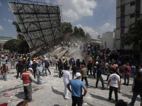 Силен трус разлюля Мексико, стотици загинали и изчезнали