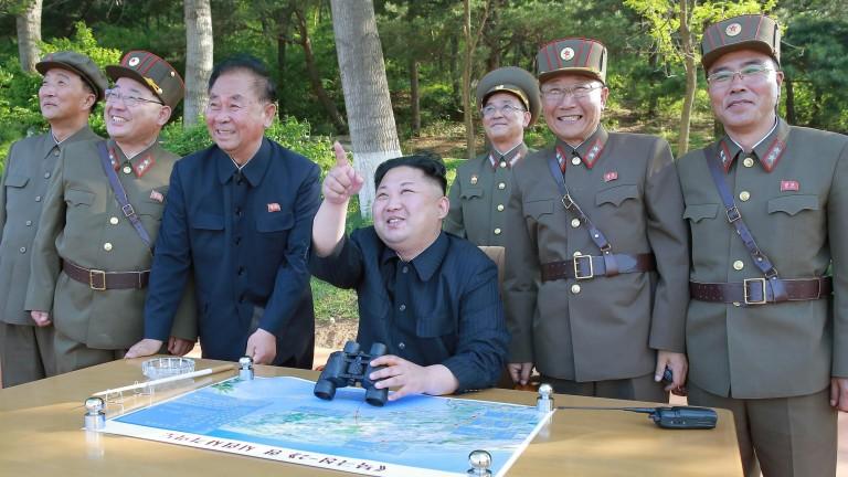 Северна Корея нагря страстите с нова ракета над Япония