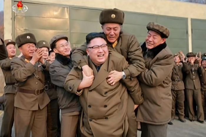 Северна Корея заплаши с водородна бомба след изказване на Тръмп
