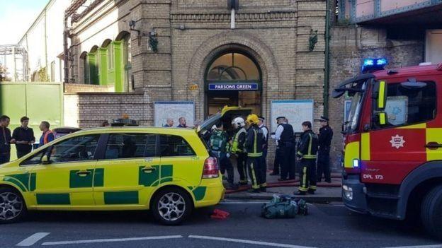 Властите в Лондон смятат взрива в метрото за терористичен акт
