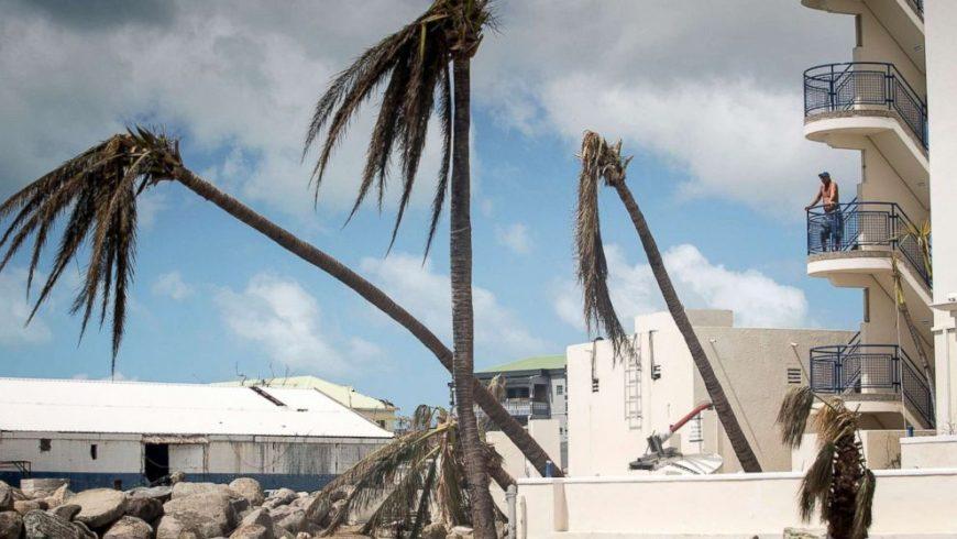 """""""Ирма"""" разби туристическия сезон на Карибите"""
