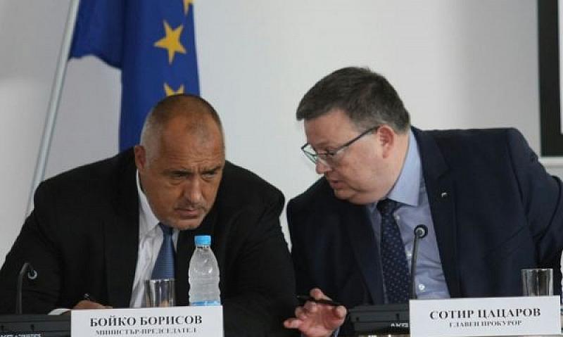 Цацаров не изключва варианта да стане конституционен съдия