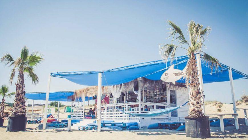 Работодателите искат бараките да си стоят по плажовете