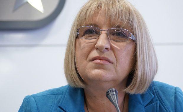 Цачева не иска президентът да назначава шефа на антикорупционното звено