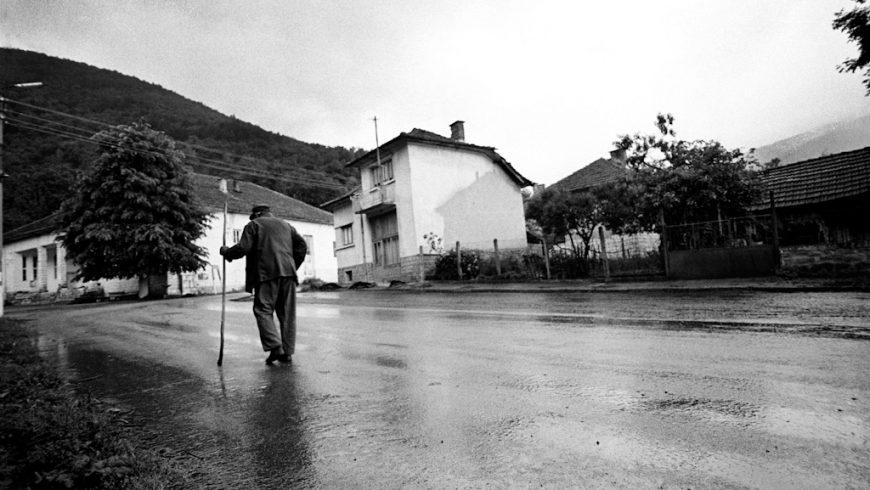 Близо 50 населени места в Северозападна България с 9000 жители са без транспорт