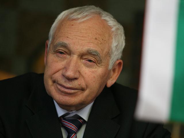 Четирима български президенти откриват плоча на Желю Желев