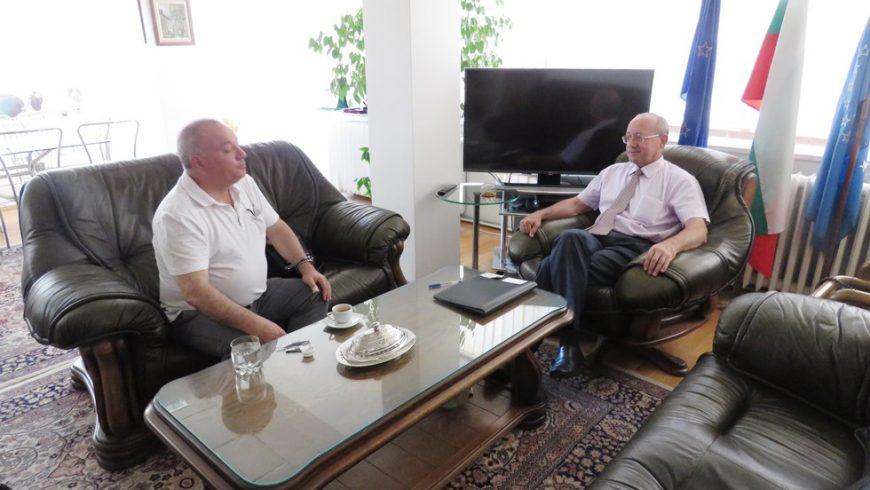 Правителството одобри ДС агент за български представител в банката на СИВ