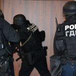 Седем души са задържани за измами с лекарства за онкоболни