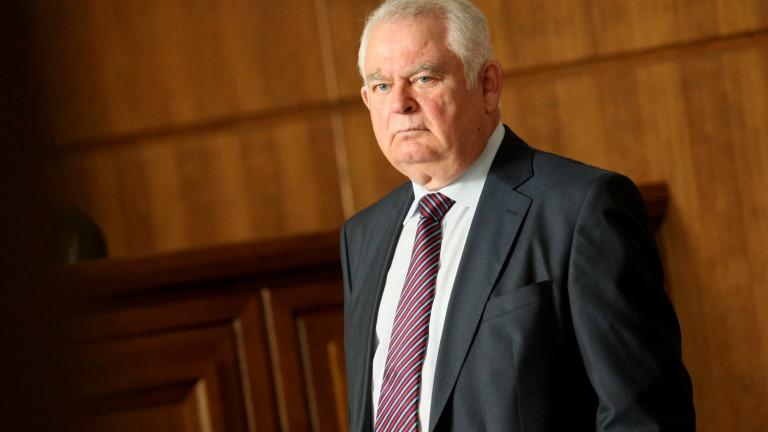 Бившият шеф на разузнаването е осъден на 15 години затвор