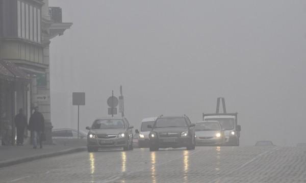 В 10 града въздухът пак не става за дишане