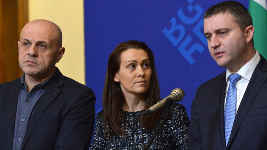 Обрат а ла Борисов: Държавата няма да влиза в ЧЕЗ