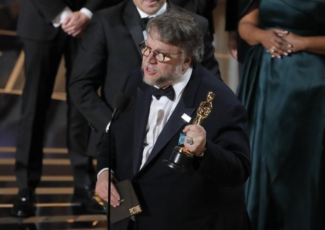 """""""Формата на водата"""" и Гийермо Дел Торо са големите победители на наградите """"Оскар"""""""