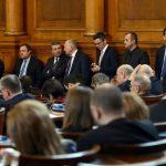 Депутатите се караха за пенсиите и заплатите