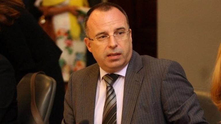 Министър Порожанов: 20% разлика в етикетите и 40% по-високи цени у нас