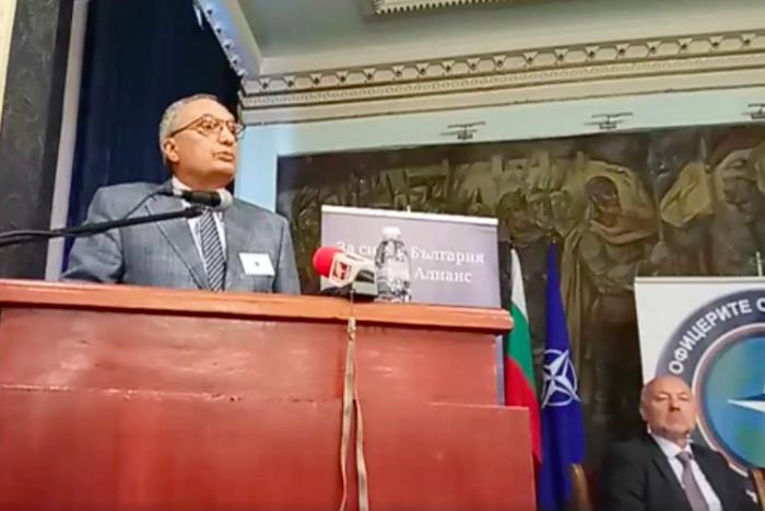 Иван Костов: Хибридната война на Москва нанесе много щети